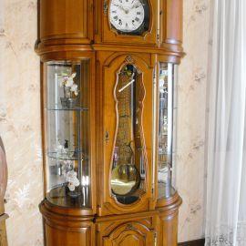 Horloge comtoise argentier vitrine merisier massif